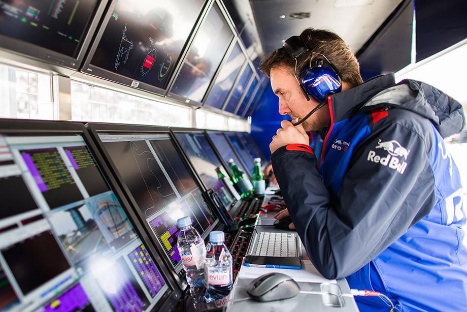 Колготки, драки, шоколад: 10 главных скандалов в Формуле-1