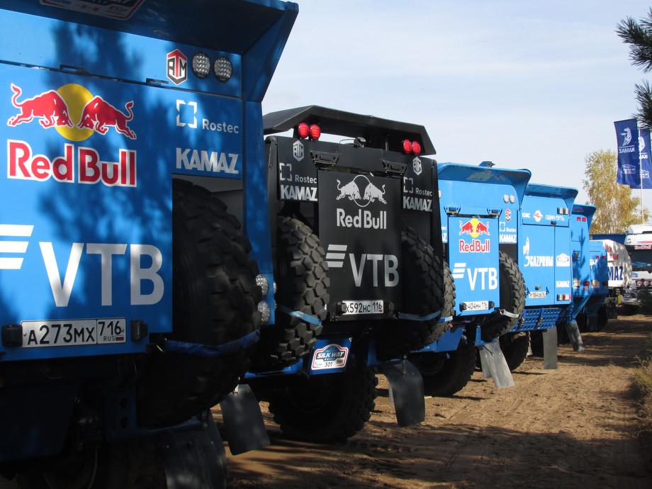 Машины победы. Эти грузовики ковали успехи «КАМАЗа» на «Дакаре»