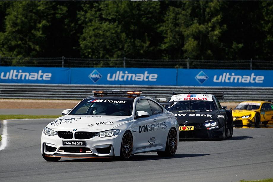 «Иногда гонщики жалуются, что я слишком быстр». Как устроен сейфти-кар DTM