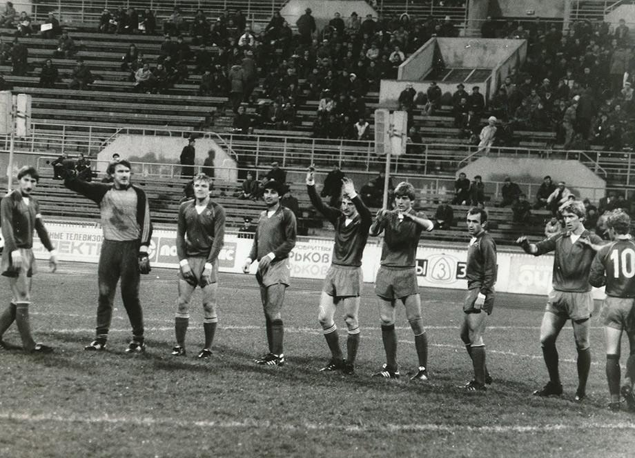 Сергей Березин (крайний слева) – капитан ЦСКА