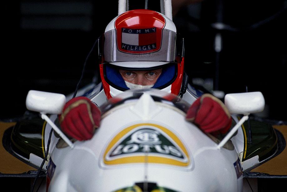 Как развалилась команда Формулы-1 «Лотус»: смерть Колина Чепмена, продажа команды и долги
