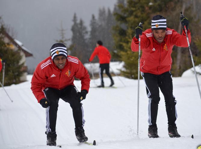 """Игроки """"Базеля"""" подготовку начали в Альпах на беговых лыжах"""