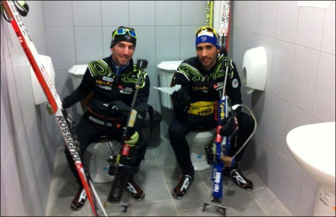 Братьям Фуркадам понравились сочинские туалеты. Источник — twitter.com/MartinFourcade