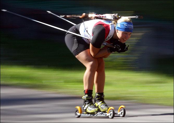В этом сезоне Лене покоряются даже лыжероллеры