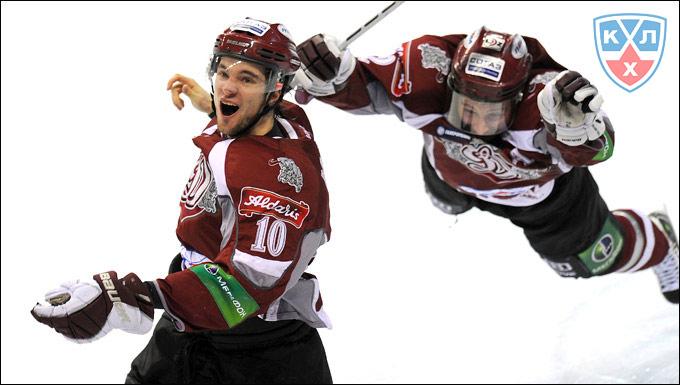 Рижские динамовцы выбили московских в первом раунде Кубка Гагарина-2011, доказав, что в хоккее есть место подвигу