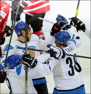 11 мая 2012 года. Хельсинки. Чемпионат мира. Групповой турнир. Финляндия — Канада — 3:5