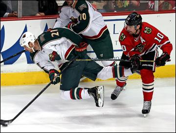 """9 мая 2013 года. Чикаго. Плей-офф НХЛ. 1/8 финала. Матч № 5. """"Чикаго"""" — """"Миннесота"""" — 5:1. Через несколько секунд Патрик Шарп поставит точку в серии"""