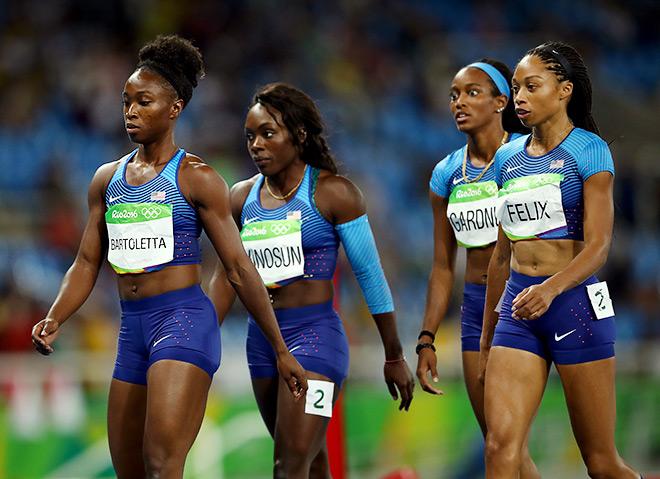 Американки потеряли палочку, но выиграли эстафету