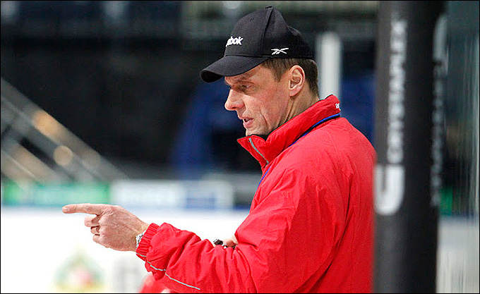 Тренер сборной Белоруссии Любомир Покович