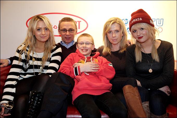 Игорь Ларионов с семьей