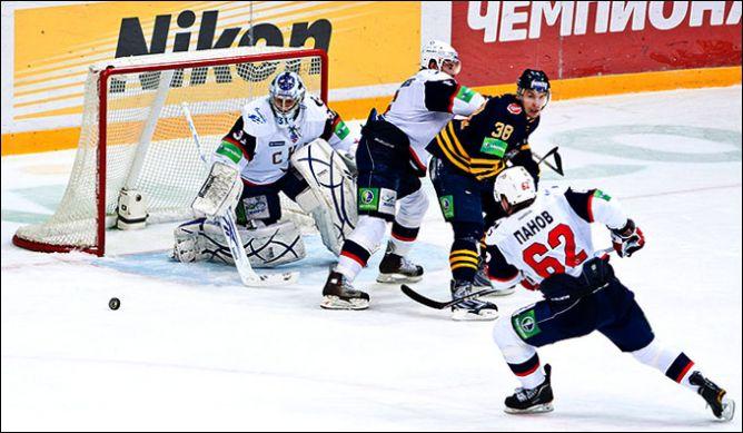 В игре — Якуб Штепанек.