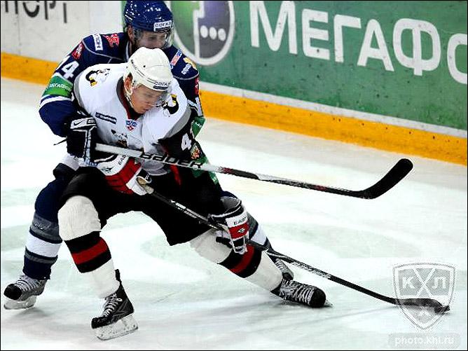 05.11.2010. КХЛ. Динамо М - Трактор - 3:0. Фото 01.