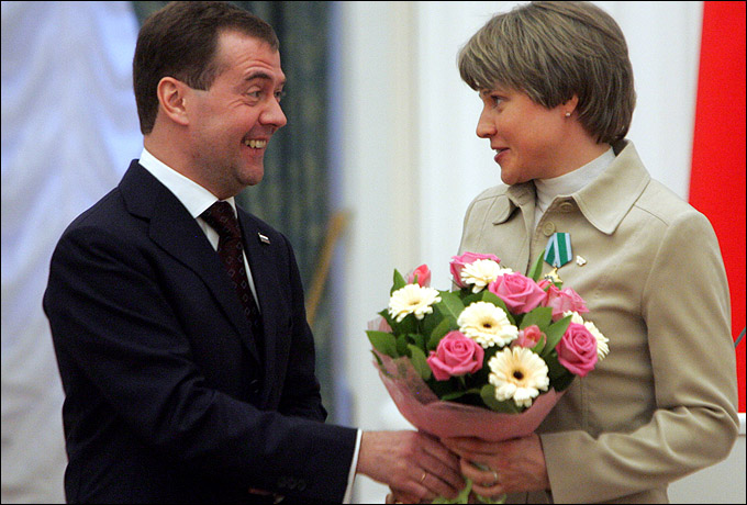 Анна Богалий и премьер-министр Дмитрий Медведев