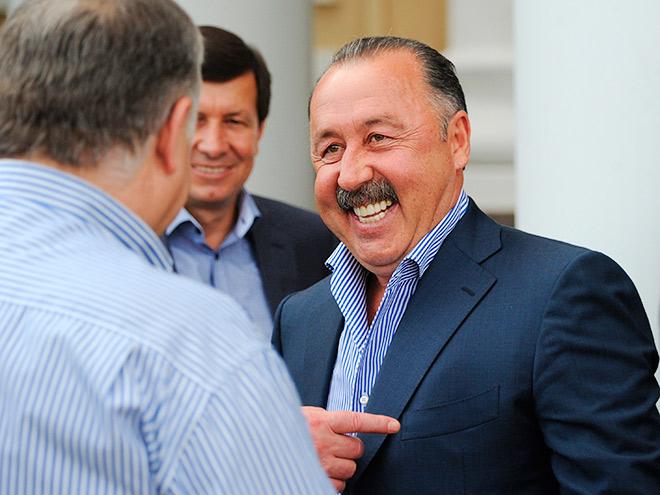 Сбривать усы Валерий Газзаев отказался категорически
