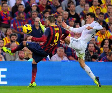 "Примера. 10-й тур. ""Барселона"" — ""Реал"". Пике против Бэйла"