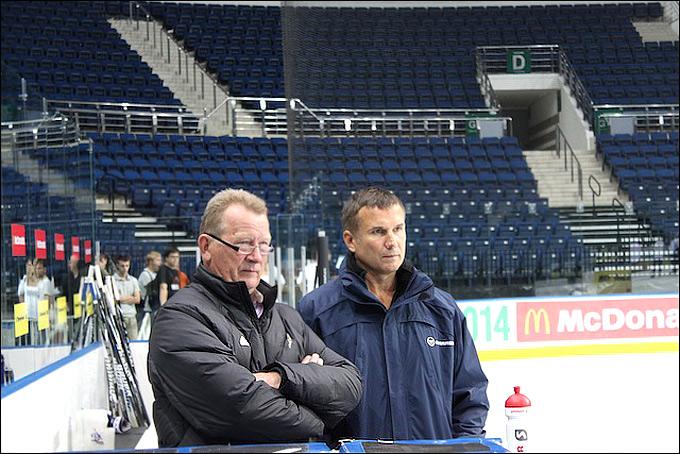 Игорь Матушкин (справа)