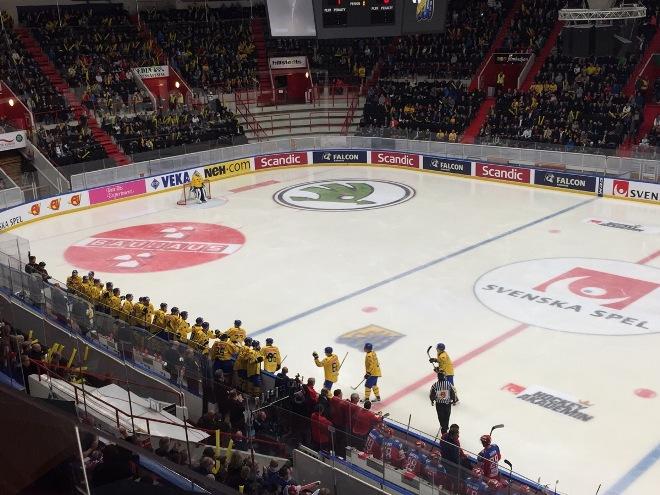 Шведы открыли счёт