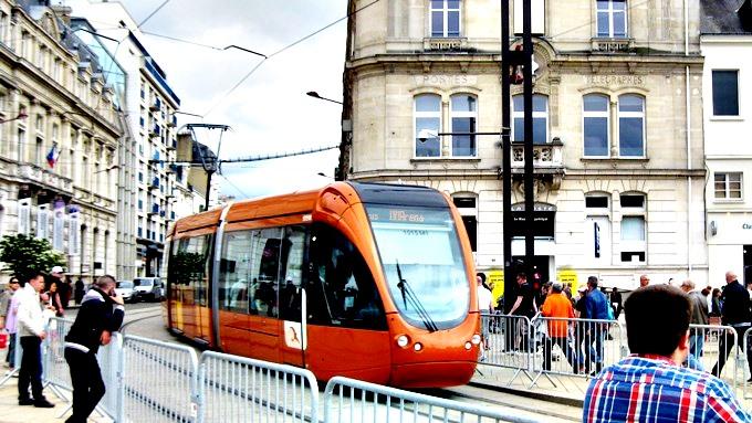 Трамвай — король Ле-Мана