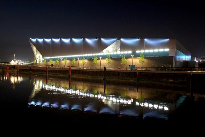 Ватерпольная арена