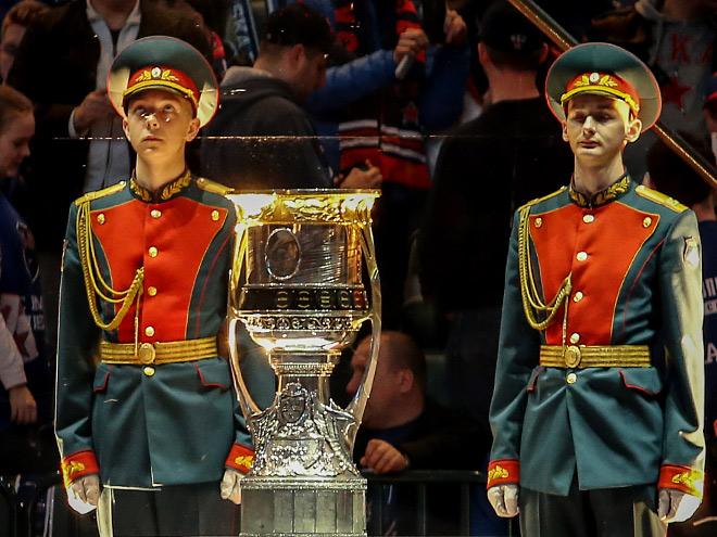 Кубок Гагарина под охраной
