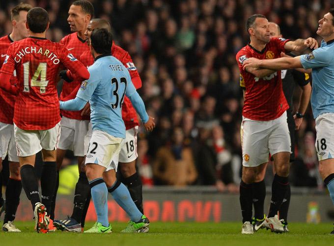 Манчестерское дерби прошлго сезона