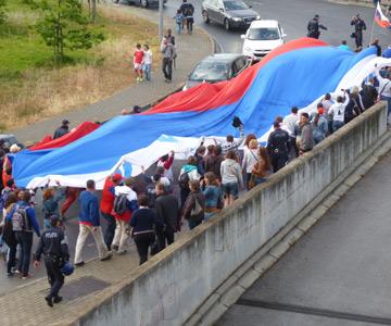 Марш российских болельщиков по Лиссабону