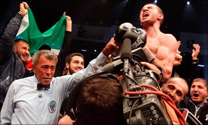 Победа подняла Заура на восьмое место в независимом компьютерном рейтинге боксёров первого полусреднего веса.