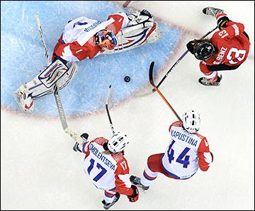 15 февраля 2014 года. Сочи. XXII зимние Олимпийские игры. Хоккей. Женщины. 1/4 финала. Швейцария — Россия — 2:0