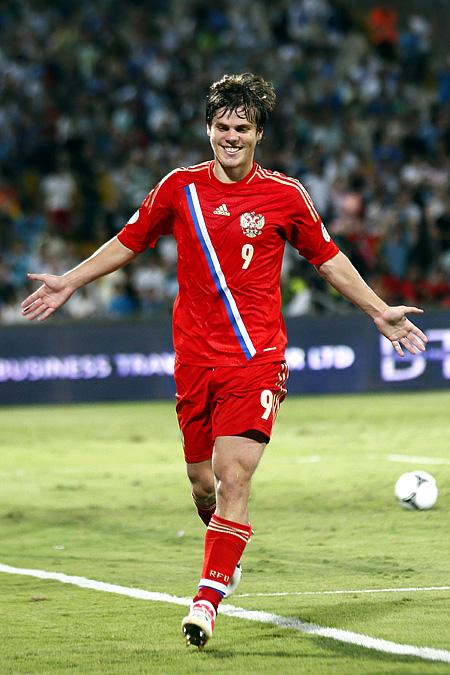 Александр Кокорин делает счёт 2:0