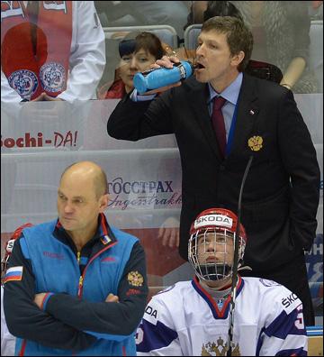 Интересно, на каком языке Игорь Кравчук говорит со своей командой?