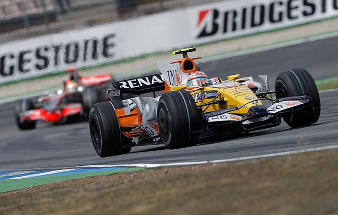 Нельсиньо Пике лидирует в Гран-при Германии