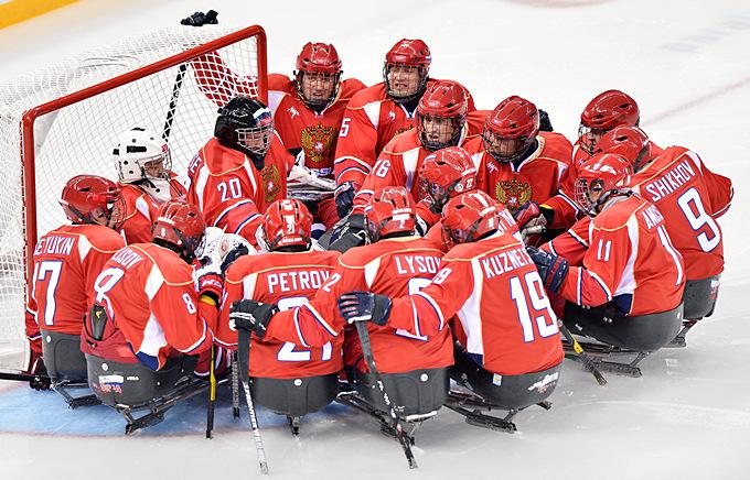 Сборная России по следж-хоккею настраивается на поединок с норвежцами