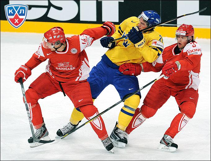 Кирилл Старков против сборной Швеции