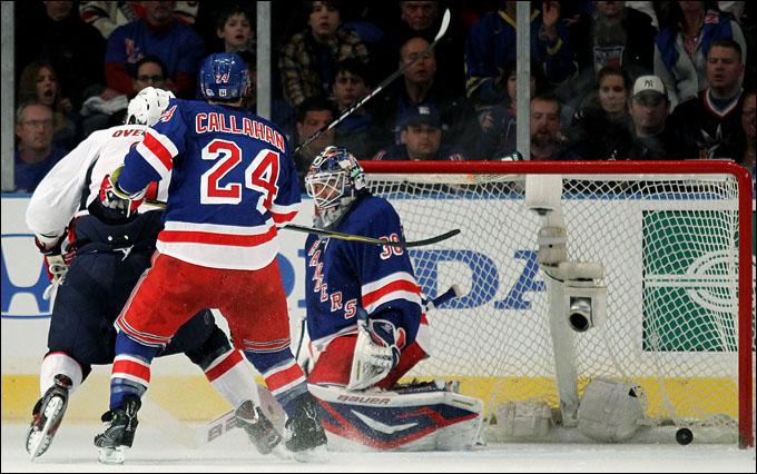 "29 апреля 2012 года. Санрайз. Плей-офф НХЛ. 1/4 финала. ""Нью-Йорк Рейнджерс"" — ""Вашингтон Кэпиталз"" — 3:1"