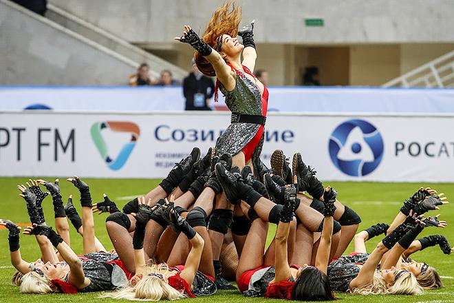 Группа поддержки на Кубке Легенд