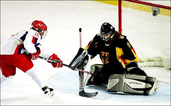 Александра Капустина против сборной Германии