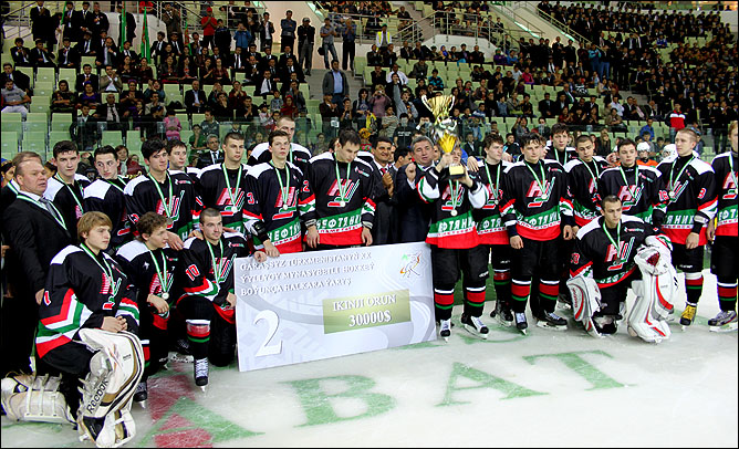 В Туркменистане тоже есть хоккей