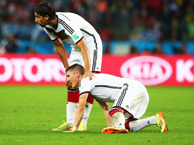 После матча с Алжиром немцев ноги не держали