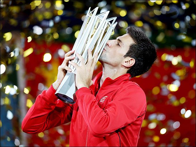 Новак Джокович вновь завоевал трофей в Шанхае