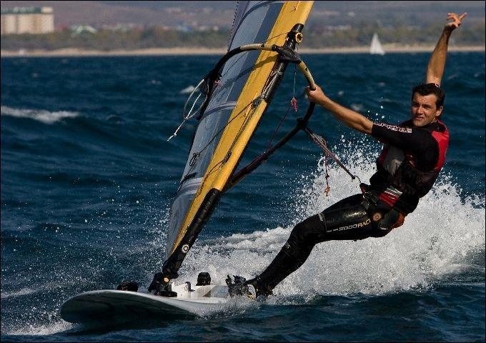 Дмитрий Полищук на Олимпиаде выступит в классе RS:X
