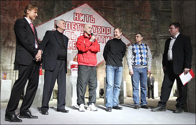 Валерий Карпин, Вячеслав Егорович, Вагиз Хидиятуллин, Владимир Бесчастных, Фёдор Черенков и Александр Кузмак