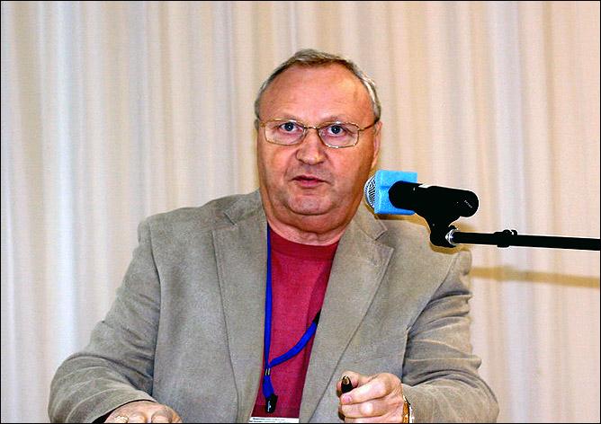 Александр Евстрахин