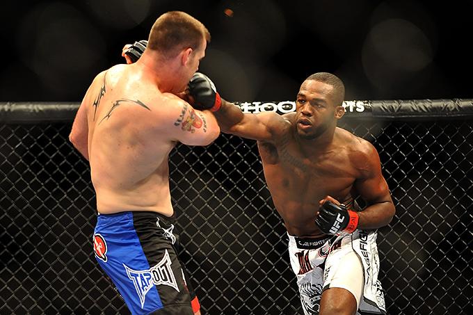 Джон Джонс (чемпион UFC в полутяжёлом весе)