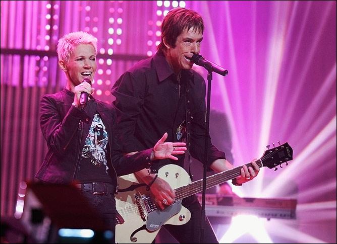 Популярная шведская группа Roxette откроет сегодняшнюю встречу.