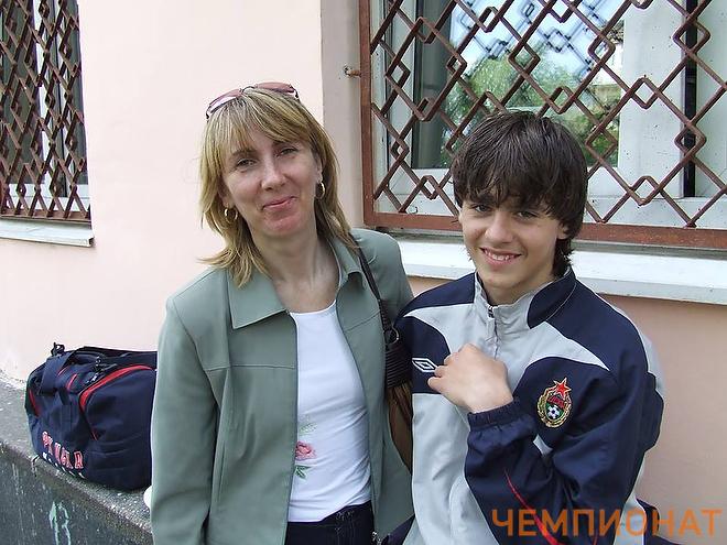 Георгий Щенников с мамой