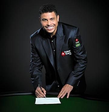 Роналдо подписывает контракт с Pokerstars