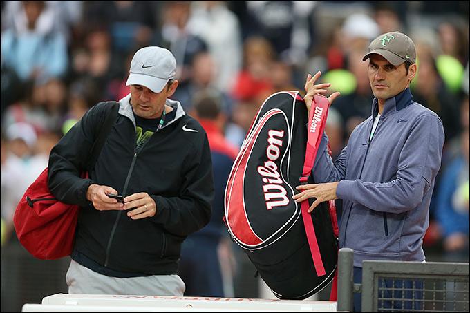 Роджер Федерер прекратил сотрудничеством с Полом Аннаконом