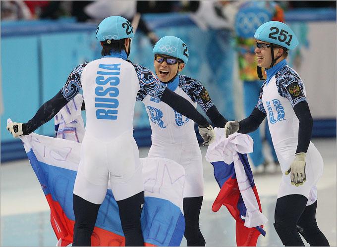 Россия взяла золото в эстафете шорт-трека