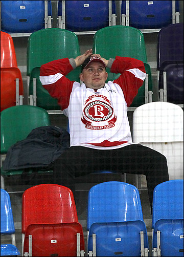 """Болельщики """"Витязя соскучились по домашним победам своей команды"""