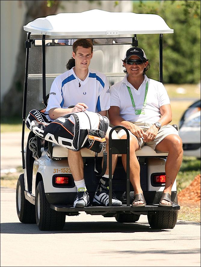 Энди Маррей кроме тенниса любит гольф, бокс и просмотр спортивных трансляций на диване